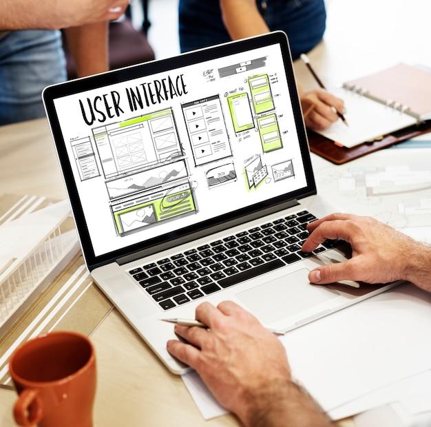 Desenho de esboço de layout de desenvolvimento de site