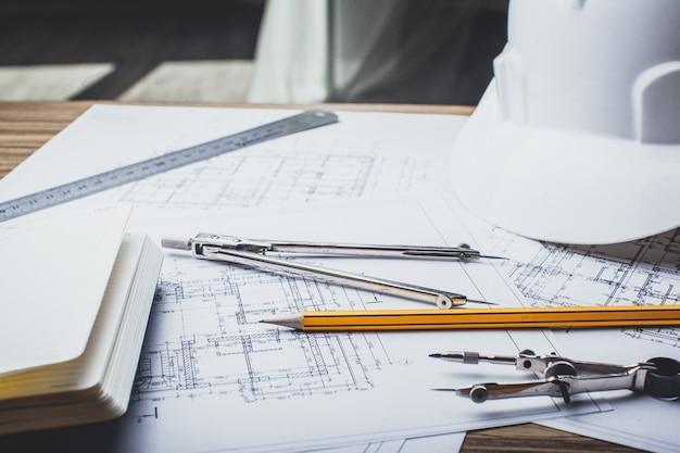 Desenhos de projeto e ferramentas, close-up