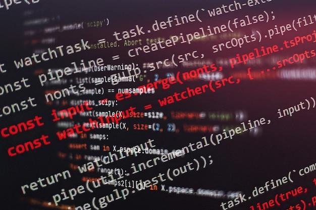 Desenvolvedor de aplicativos móveis. projeto de startup inovador. código de programação do site. negócios de ti.