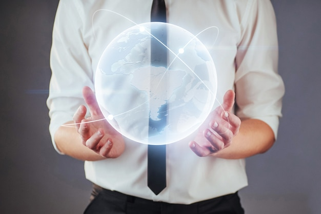 Desenvolvimento de software e uso de várias codificações de fase de integração de sistemas.