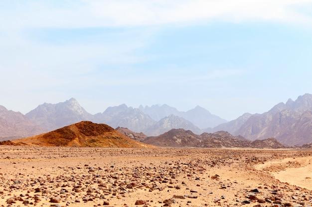 Deserto quente sem vida