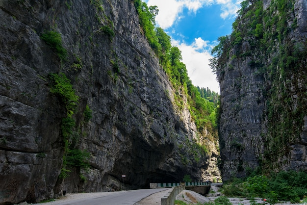 Desfiladeiro na abkhazia