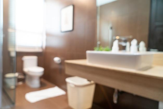 Desfoque abstrato lindo banheiro de hotel de luxo