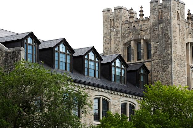 Design da bela casa velha e castelo