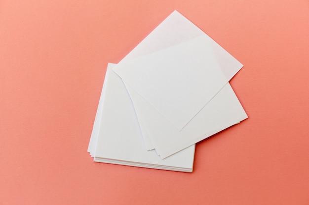 Design de identidade, modelos corporativos, estilo de empresa, conjunto de folhetos, folheto de papel dobradura branco em branco