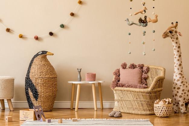 Design de interiores de quarto infantil com modelo de brinquedos e acessórios de simulação de quadro