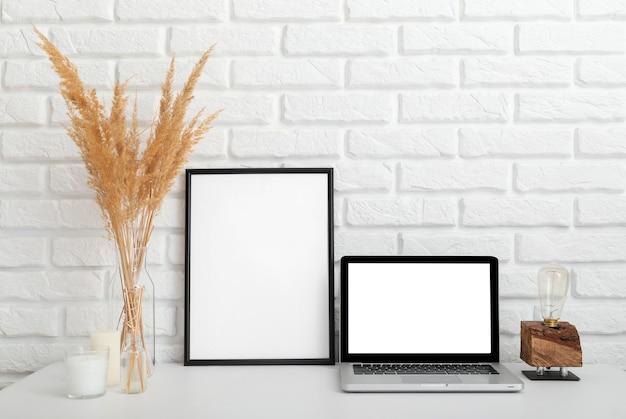 Design de sala de casa com espaço de cópia