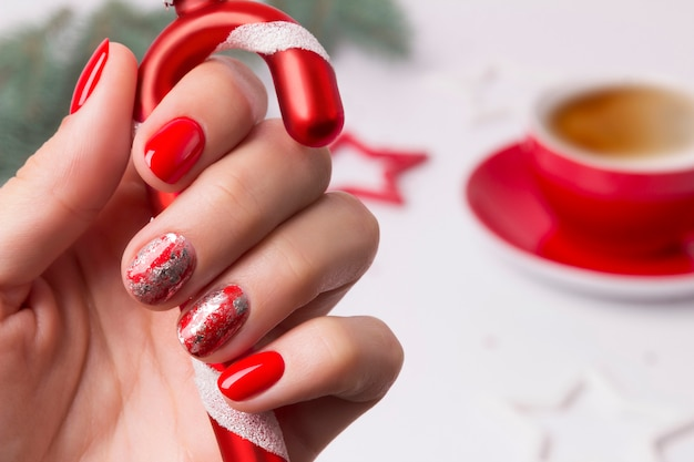 Design de unhas abstratas de manicure de ano novo de natal