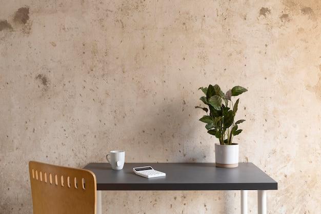 Design minimalista do espaço de trabalho doméstico