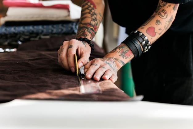 Designer de moda corte tailor made concept