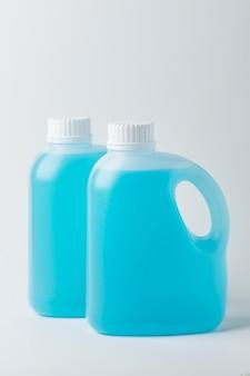 Desinfetante para as mãos em galões