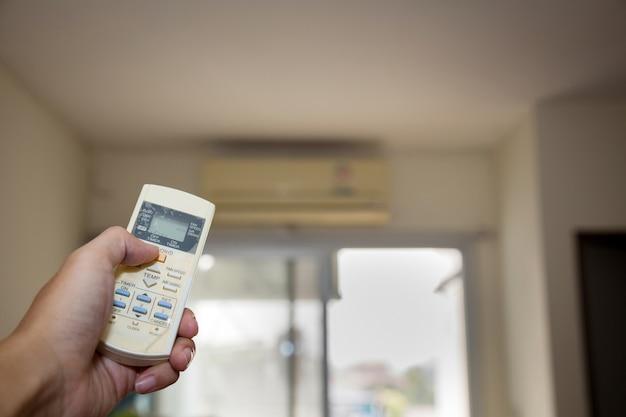 Desligue o condicionador de ar remoto quando não estiver em uso