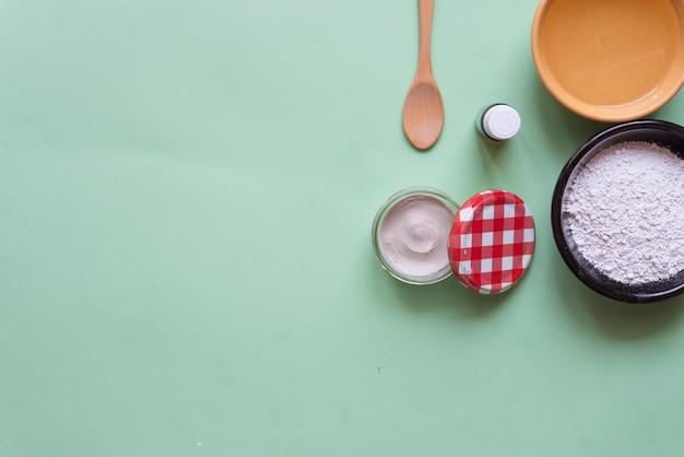 Desodorante argila branca, tea tree, óleo de coco