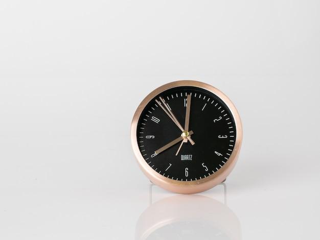 Despertador moderno, gestão de tempo de conceito de negócio