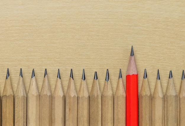 Destaque diferente do lápis mostra o fundo da liderança.