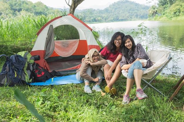 Destino de viagem do hangout de amizade
