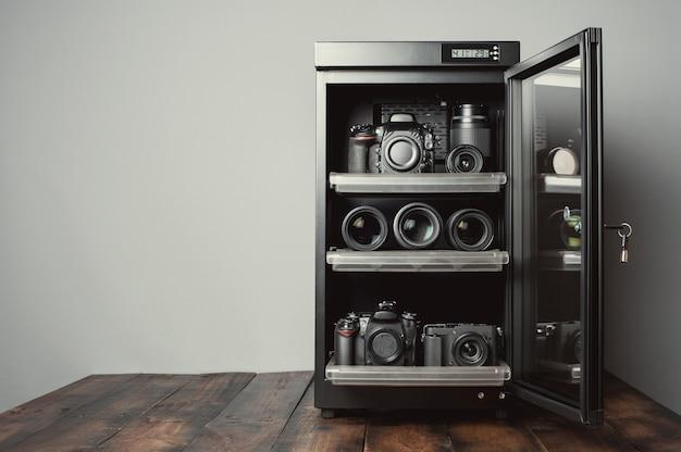 Desumidificador eletrônico de gabinete seco para lentes de câmeras de armazenamento e outros equipamentos fotográficos