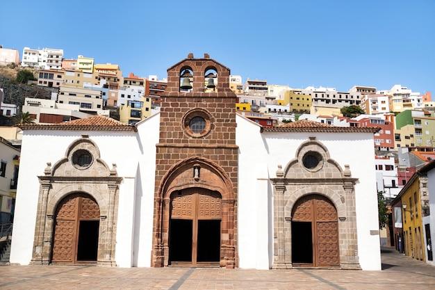 Detalhe arquitetônico em san sebastian de la gomera, ilhas canárias, espanha