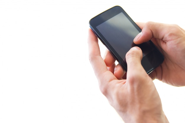 Detalhe da mão do homem de negócios usando um samrtphone