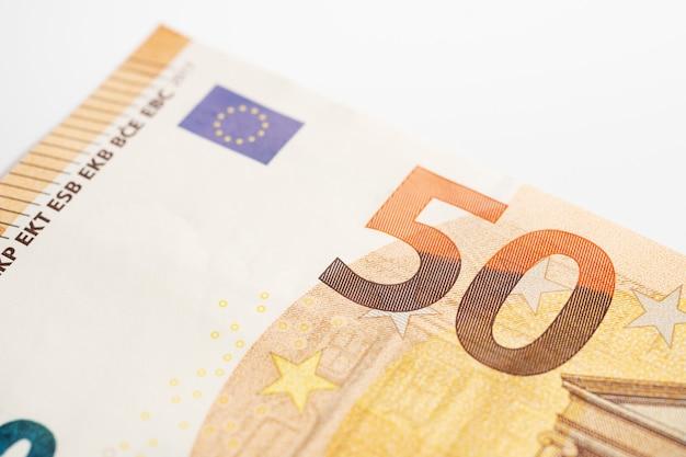 Detalhe de notas de 50 euros.