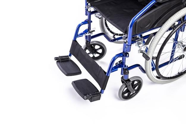 Detalhe de uma cadeira de rodas para pessoas com deficiência