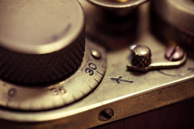 Detalhe de uma velha câmera de filme vintage. macro foto