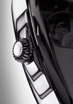 Detalhe macro de um relógio de pulso de luxo
