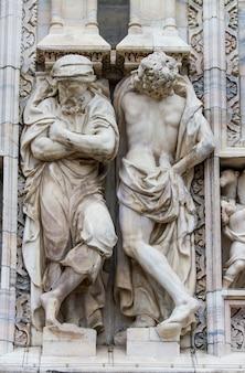 Detalhe na catedral de milão, itália