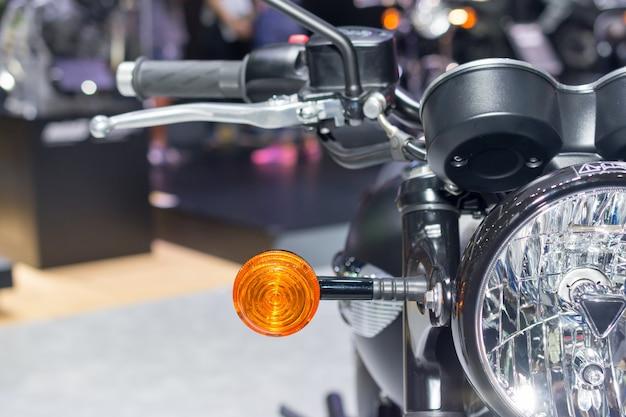 Detalhes da frente da motocicleta