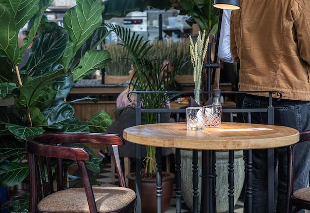 Detalhes do interior de um café moderno ou casa de café conceito de design moderno