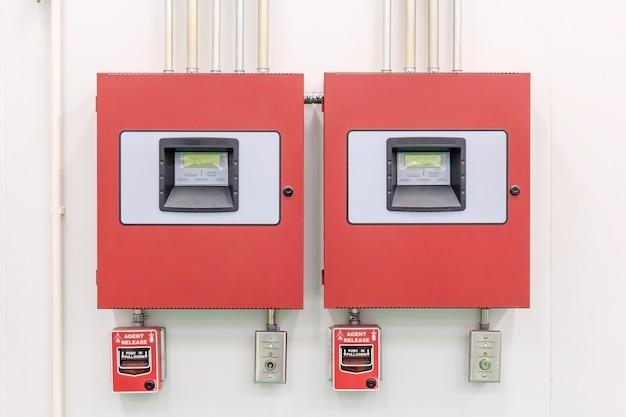 Detecção e extinção de incêndio painel de controle - sistemas de alarme de incêndio - proteção contra incêndio.