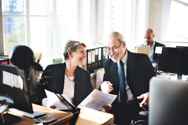 Dia-a-dia dos empresários no escritório