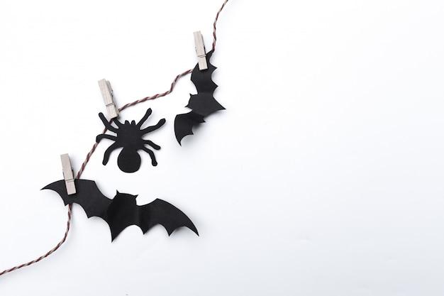 Dia das bruxas e morcegos de papel de decoração voando