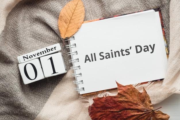 Dia de todos os santos dia do calendário do mês de outono de novembro.