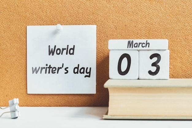 Dia do escritor mundial de março do calendário do mês de primavera.