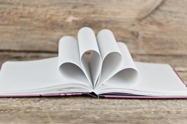 Dia do livro do mundo. conceito de escola e educação