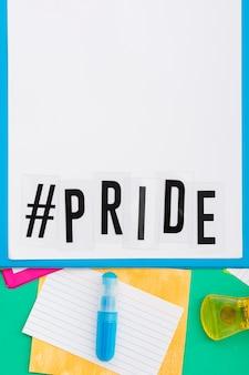 Dia feliz do orgulho mundial cópia espaço papel