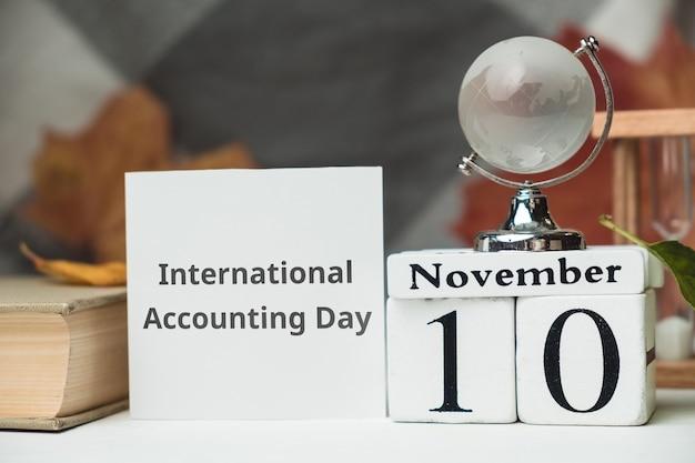 Dia internacional da contabilidade do calendário do mês de outono de novembro.