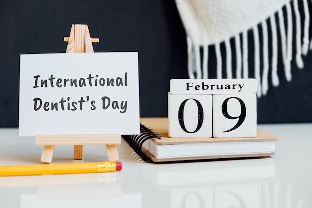Dia internacional do dentista do mês de inverno, calendário de fevereiro.