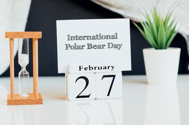 Dia internacional do urso polar do mês de inverno, calendário de fevereiro.