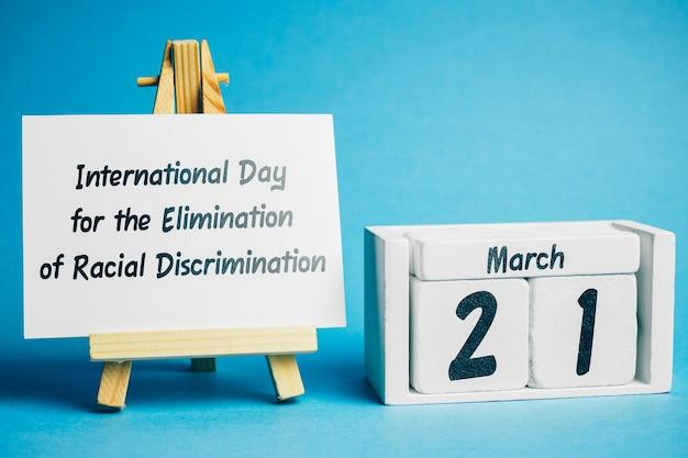 Dia internacional para a eliminação da discriminação racial de março do calendário do mês da primavera.