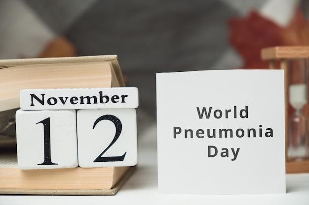 Dia mundial da pneumonia do calendário do mês de outono de novembro.