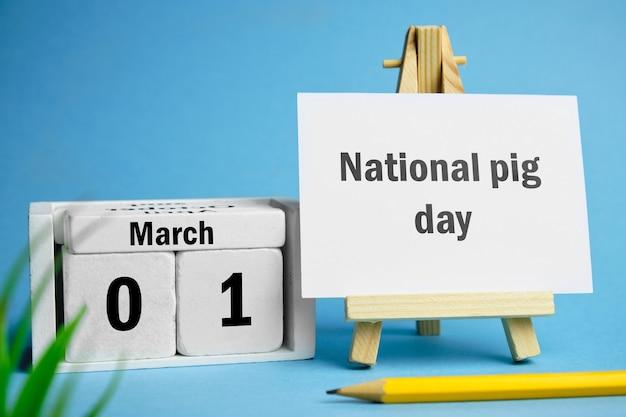 Dia nacional do porco da março do calendário do mês da primavera.