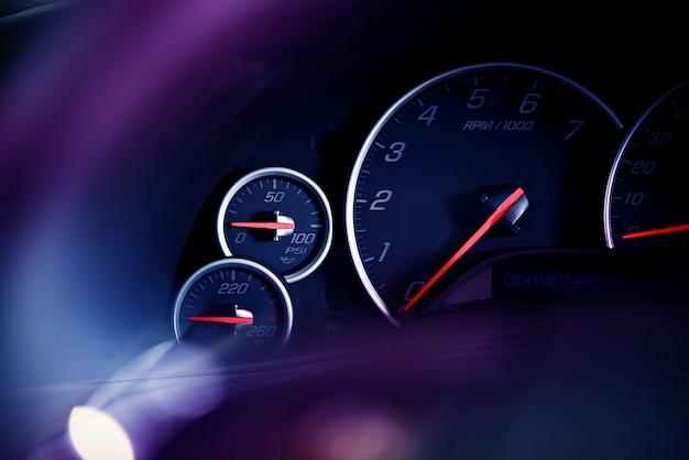 Dials do painel de carro