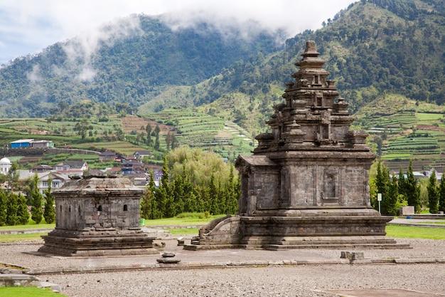 Dieng plateau templo da indonésia