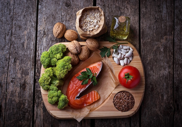 Dieta de colesterol, alimentação saudável para o coração. foco seletivo