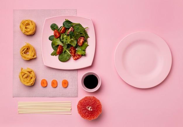 Dieta flexível com arranjo de salada