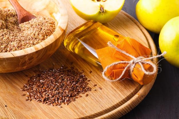 Dieta saudável linhaça óleo de linhaça ômega-3 alimentos