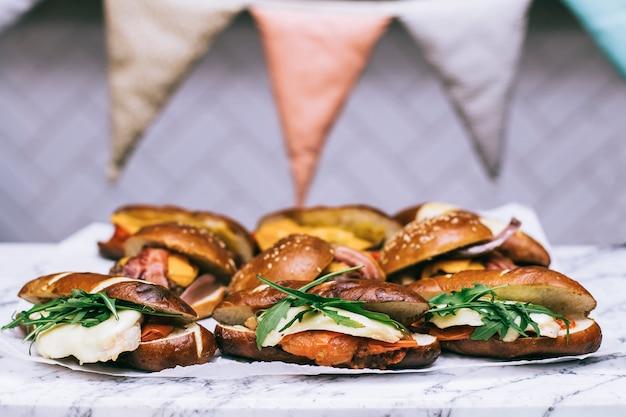 Diferentes tipos de sanduíches