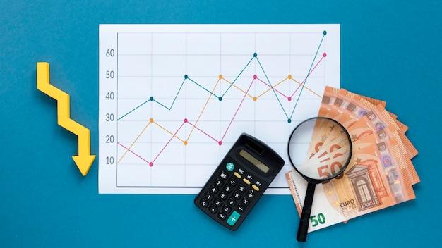 Dinheiro e gráfico de economia